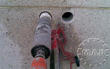 Maquina para hacer agujeros en la pared